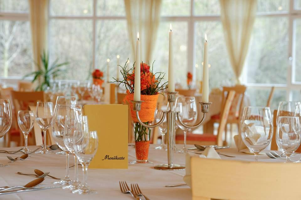 Beispiel: Bankett - Tischdekoration, Foto: Hotel Restaurant Talblick.