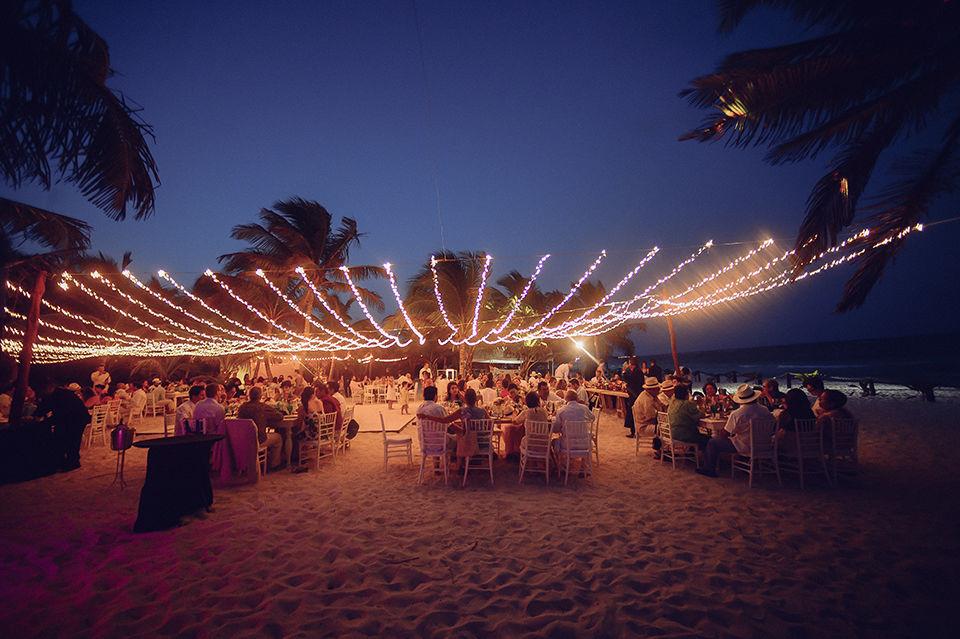 Montaje iluminación @RivieraMaya #Utopik #WeddingPlanner
