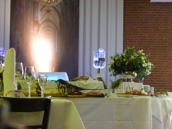 Beispiel: Restaurant - Tischdekoration, Foto: Ludwig im Museum.