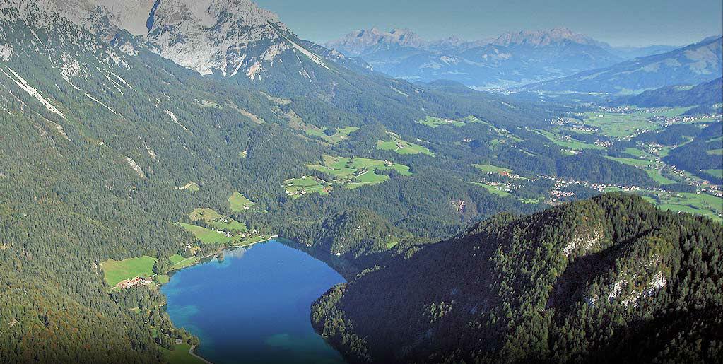 Beispiel: Umgebung - Landschaftsblick, Foto: Brenneralm.