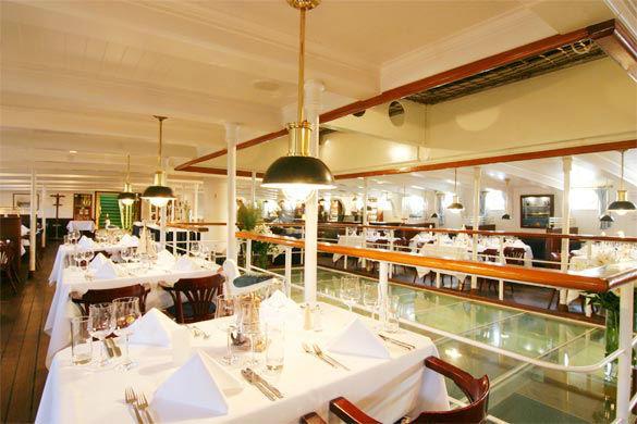 Beispiel: Restaurant - Innenraum, Foto: Rickmer Rickmers Gastronomie.