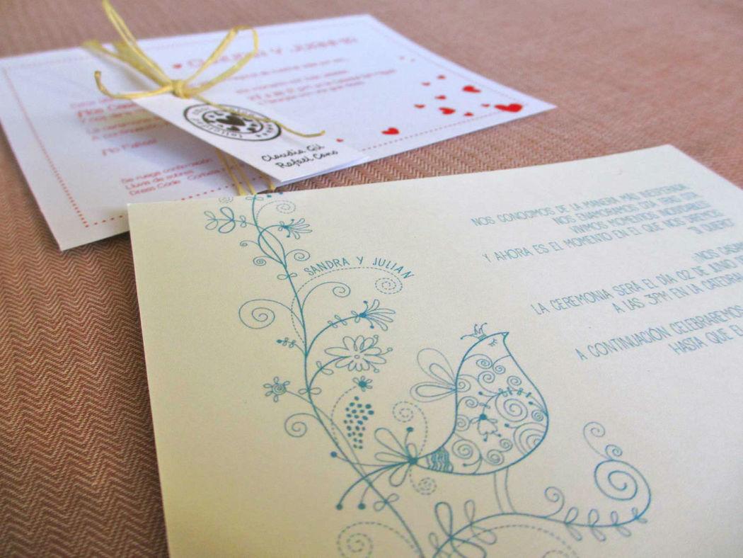 Realización de tarjetas de invitación para matrimonios 15 años bautizos. Diseños únicos y personalizados. Impresiones elegantes con innovación y creatividad