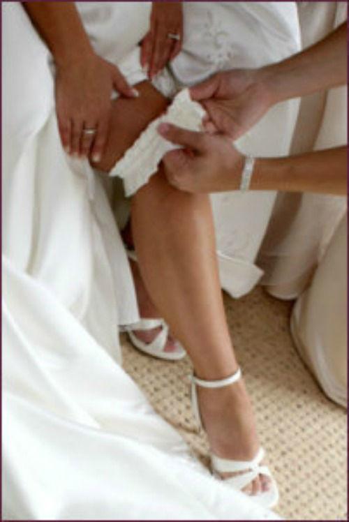 Beispiel: Brautstrumpfband, Foto: die-brautseite.