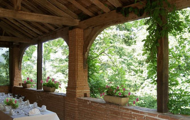 Château Calaoué - L'Orangerie/ terrasse