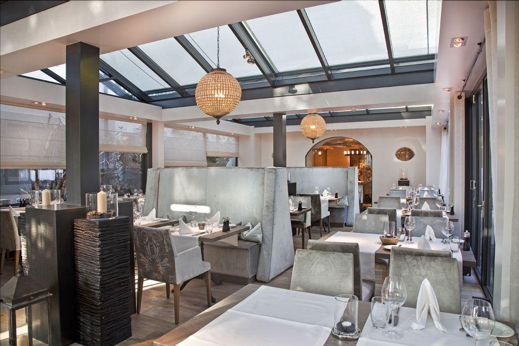 Wintergarten-Pergola Restaurnat, Foto: Hotel Bad Bubendorf.