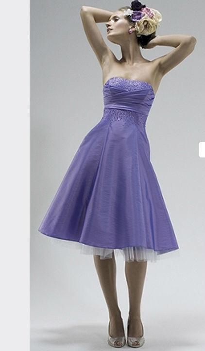 Beispiel: Mode für Hochzeitsgäste, Foto: Hänsel & Gretel Festmode.