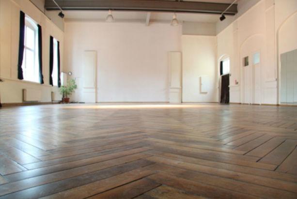 Beispiel: Tanzsaal, Foto: Tanzsaal an der Panke.