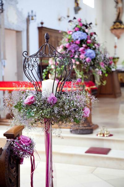 Beispiel: Kirchenschmuck, Foto: Blumenmanufaktur.