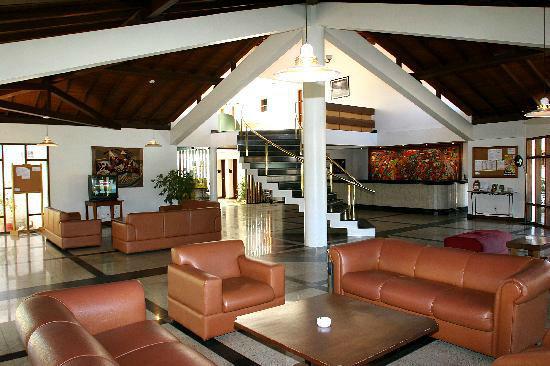 Tropical Oceano Praia Hotel