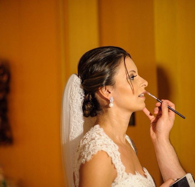 Noiva: Ana Paula Beleza: Dia da Noiva Exclusivo por Ro Deladore Foto: Felipe Rezende