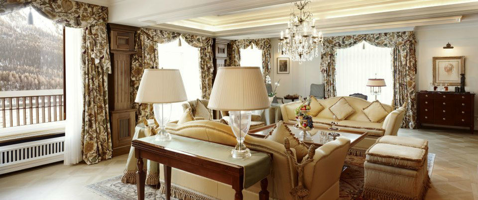 Beispiel: Luxuriöse Suiten, Foto: Badrutt's Palace Hotel.