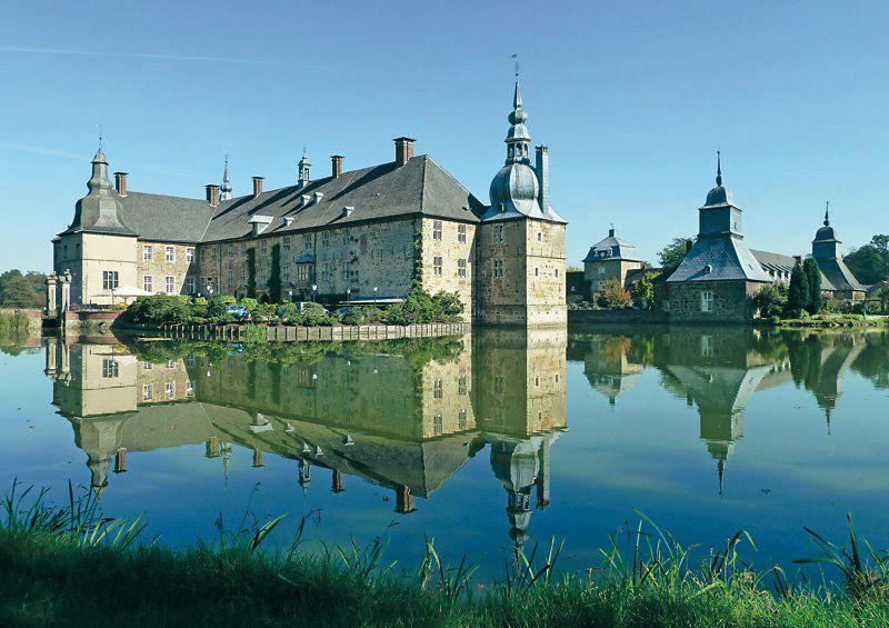 Beispiel: Schloss im Wasser, Foto: Wasserschloss Lembeck.