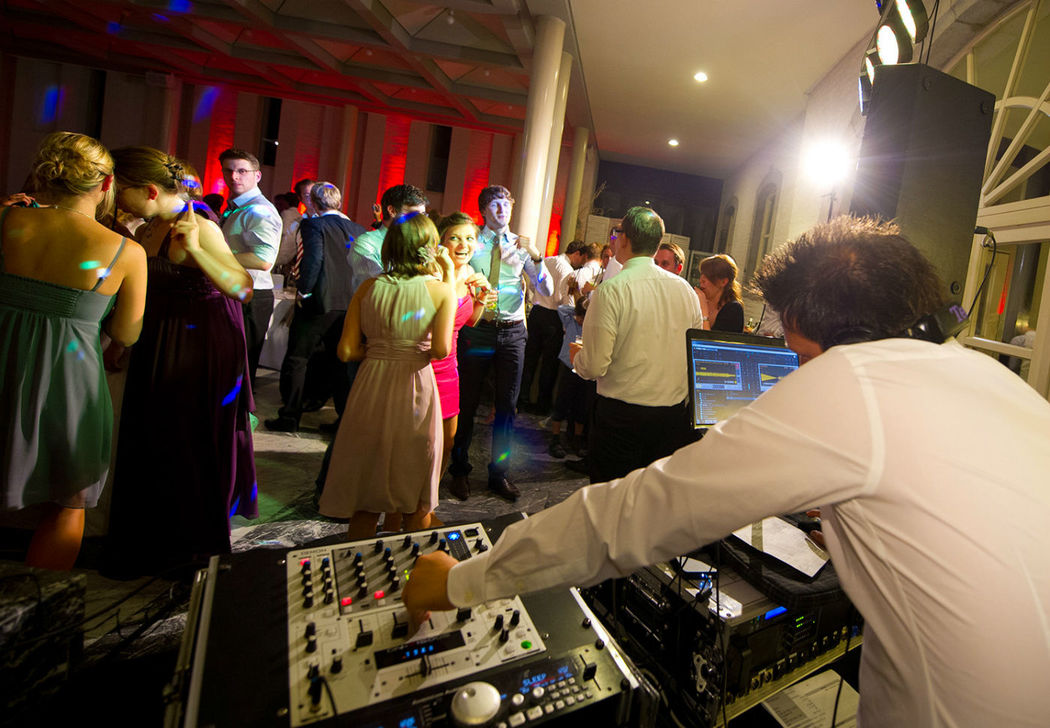 Beispiel: Hochzeits & Party DJ René Schmidt, Foto: Hochzeits & Party DJ René Schmidt.