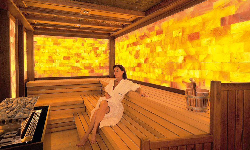 Beispiel: Salz-Trocken-Sauna, Foto: Dollenberg Schwarzwald Resort.