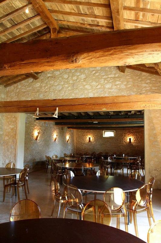 Salle Les Ecuries - Domaine Le Castelet