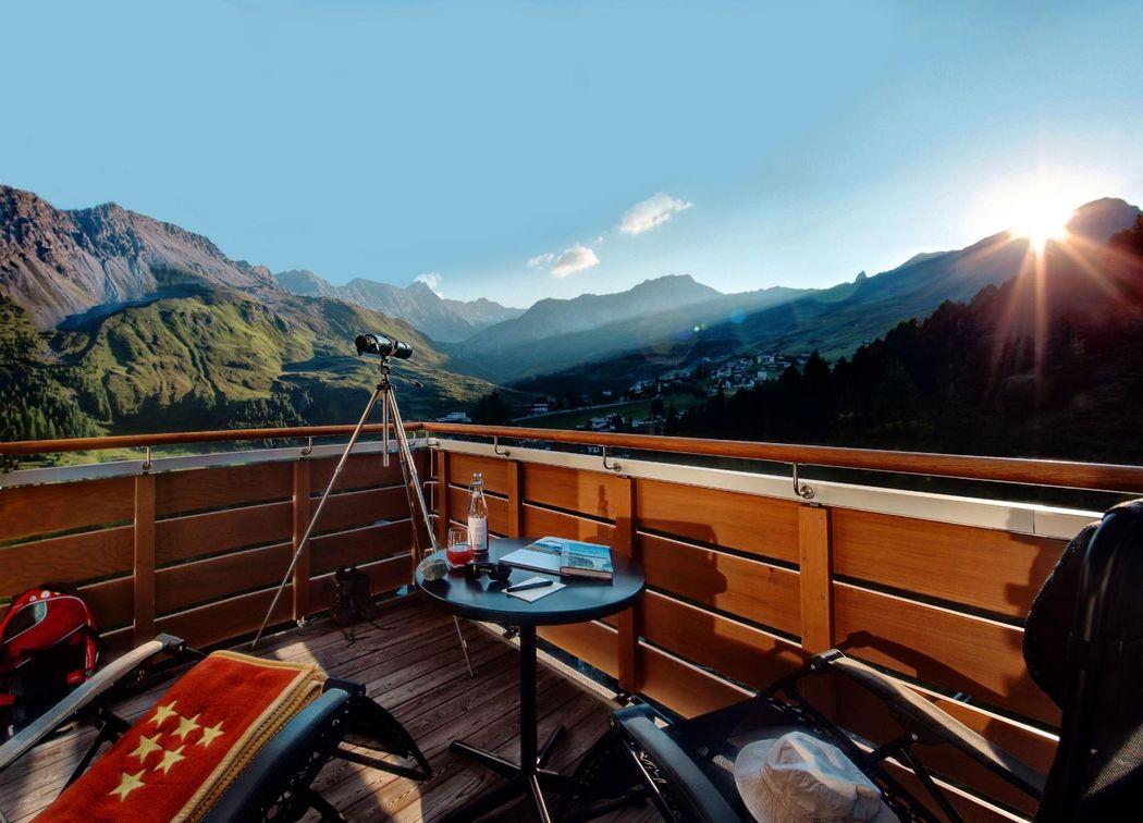Beispiel: Aussicht, Foto: Tschuggen Grand Hotel Arosa.