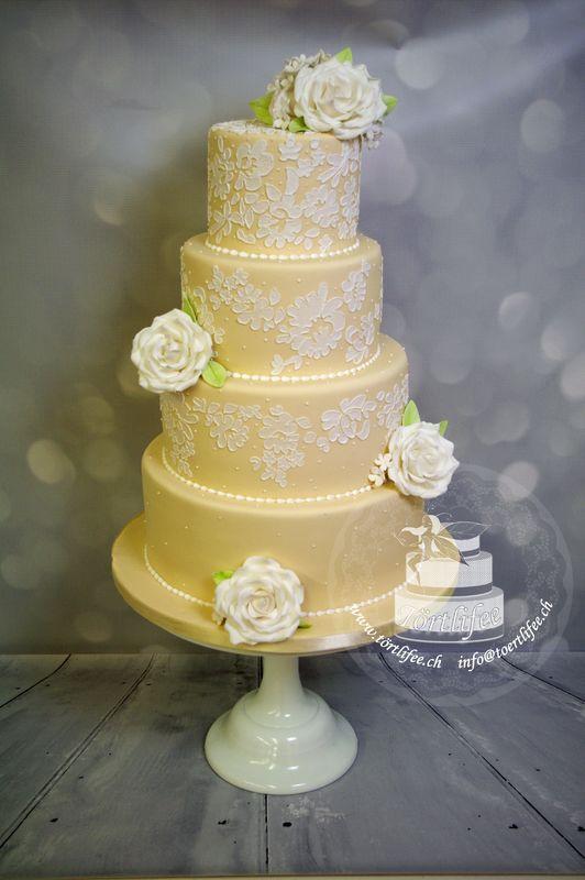 Torte mit Brush-Embroidery
