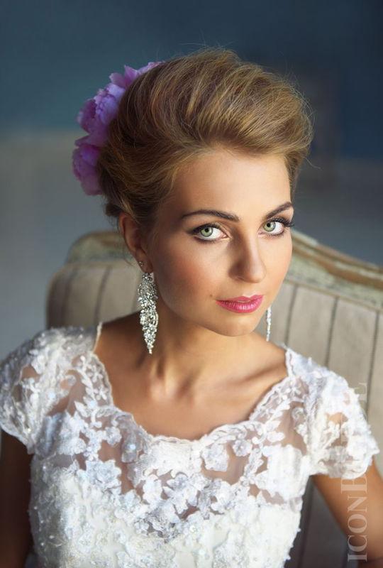 ✨ Бронируйте лучших свадебных стилистов заранее. ✨  www.iconbride.ru
