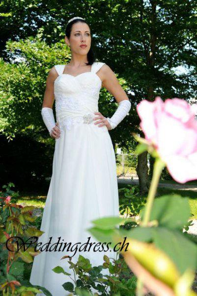 Beispiel: Ihr Brautkleid, Foto: Weddingdress.ch.