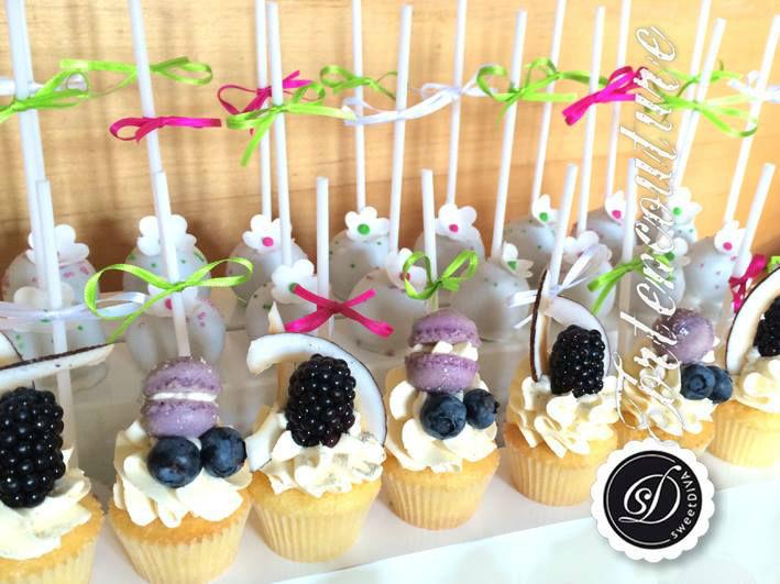 Beispiel: Cakepops, Foto: sweetDIVA - Tortencouture.
