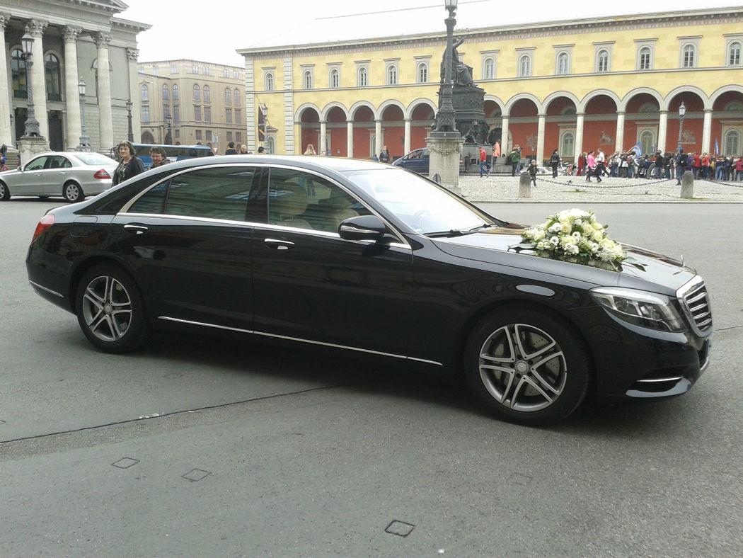 Beispiel: Mercedeslimousine, Foto: Munich-Drivers.