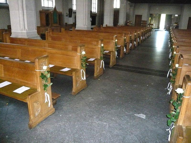 Beispiel: Dekoration der Kirche, Foto: Blumen Steinfort.