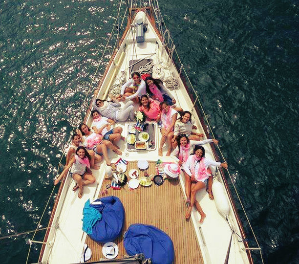 Ancorados na Baía de Cascais para almoço