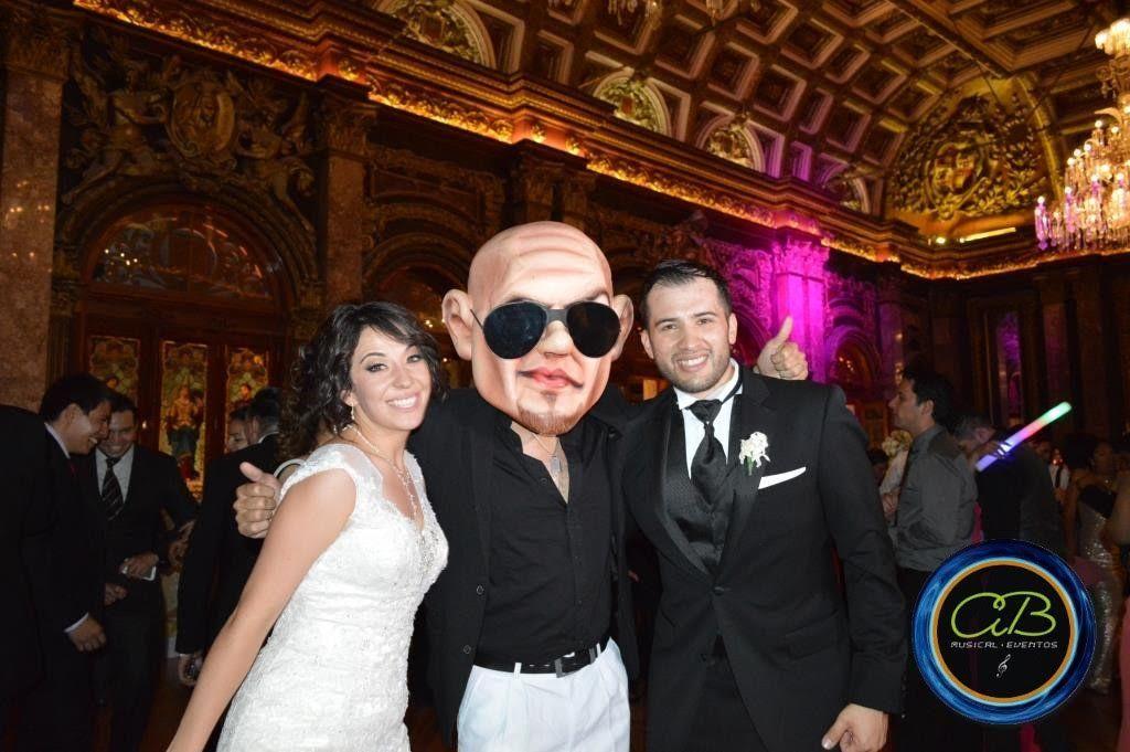 Pitbull en Casino Español