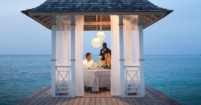 Beispiel: Dinner for two, Foto: Sandals Resorts International.