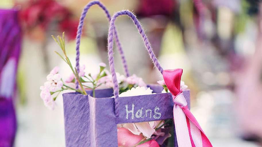 Beispiel: Blumen-Details für die Gäste, Foto: Blumen Isabella.