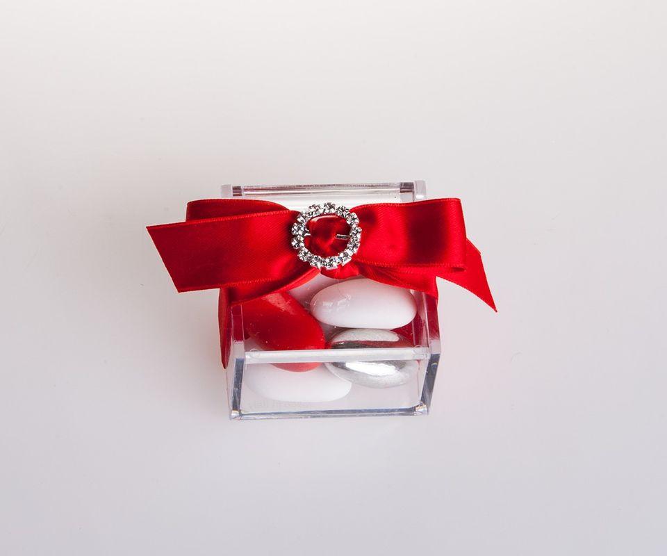 Plexiglas red Variations 5x5x3 cm