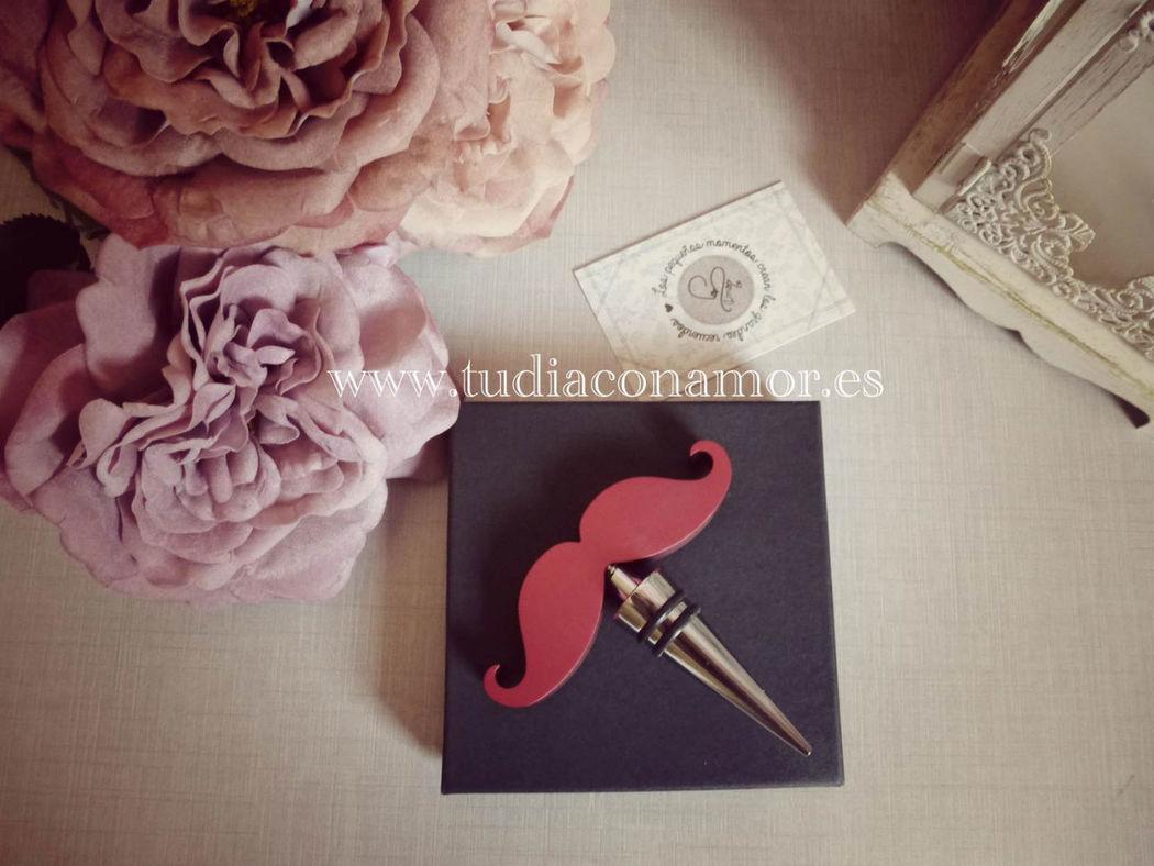 Tendencias de boda, tapón para el vino labios y bigote