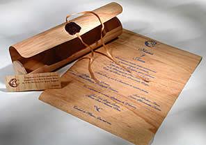 Invitaciones de boda en cofre, Foto: Historias en Papel