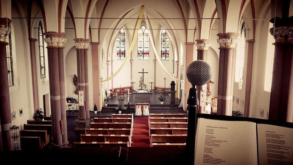 Beispiel: Trauungszeremonie, Foto: Liebesklang.