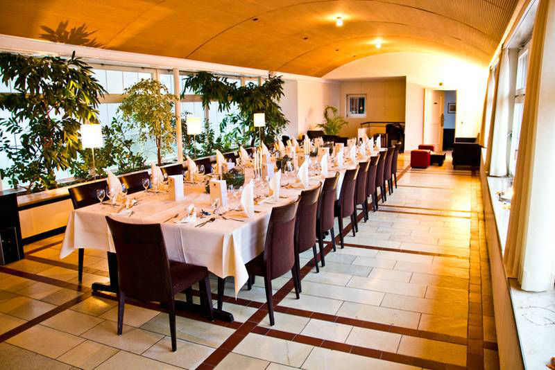 Beispiel: Location für Ihre Hochzeit, Foto: Waldhotel Zollernblick.
