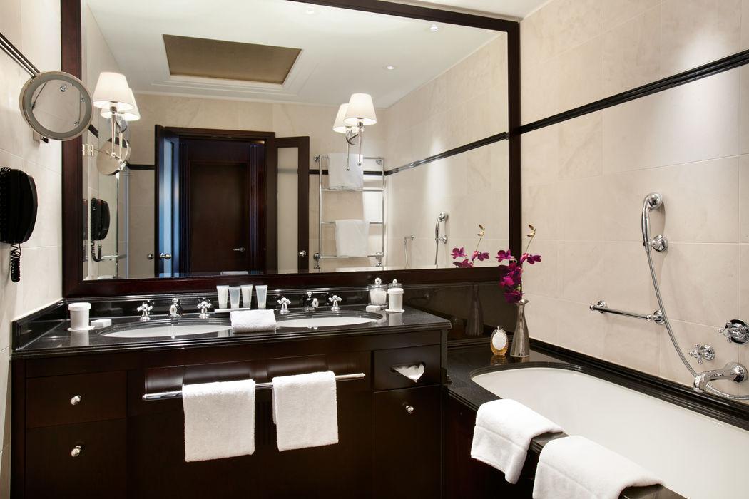 Beispiel: Badezimmer, Foto: Hotel Adlon Kempinski.