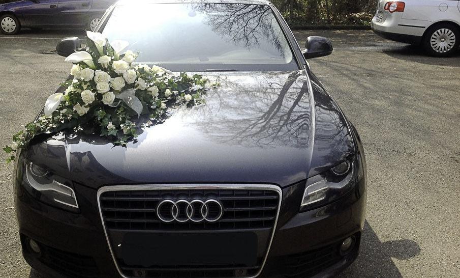 Beispiel: Dekoration fürs Auto, Foto: Dilara's Eventdeko.