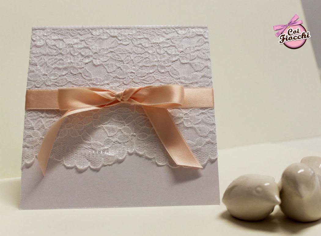 Coi Fiocchi wedding design - partecipazione di nozze in pizzo e raso