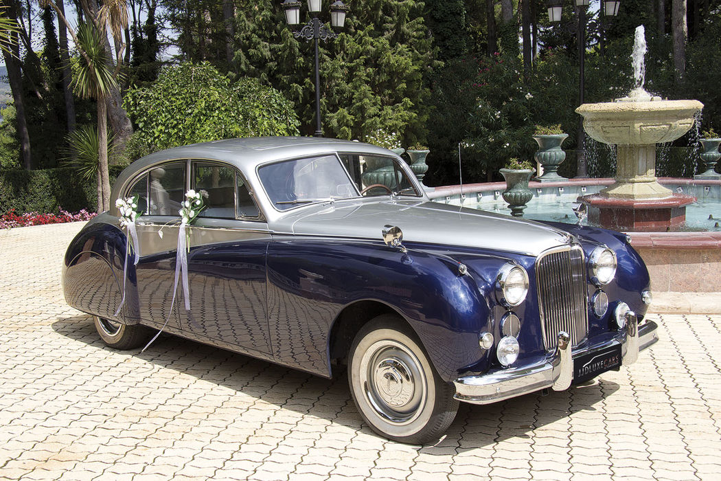 EX024 1956 Jaguar MK VII Blue