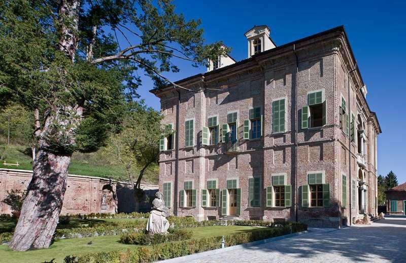 Villa Bria - .... attorno alla Palazzina ....