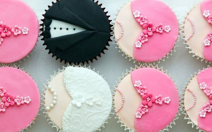 Agrega a tus damas a la barra de postres con estos divertidos cupcakes