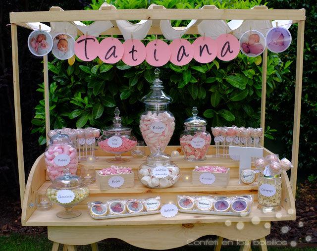 Candy Bar con dulces personalizados y chuches varias. Con decoración exclusiva