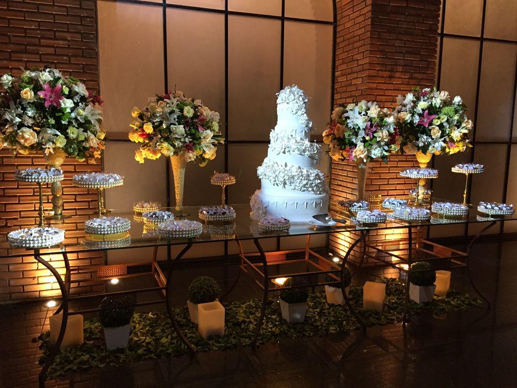A decoração é escolhida de acordo com o gosto do cliente.