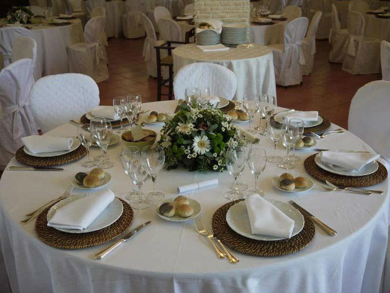 Beispiel: Hochzeitsgedeck, Foto: Mario's Catering.