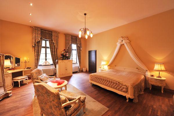 Beispiel: Hochzeitssuite, Foto: Schloss Bredenfelde.