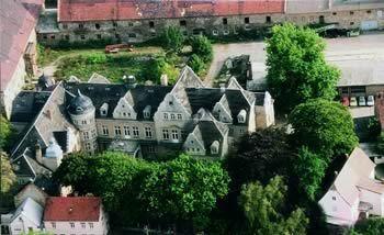 Beispiel: Schloss Luftaufnahme, Foto: Schloss Beesenstedt.