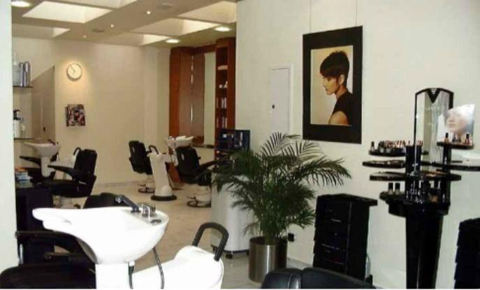 Lassen Sie sich verschönern Foto: A&K Friseure