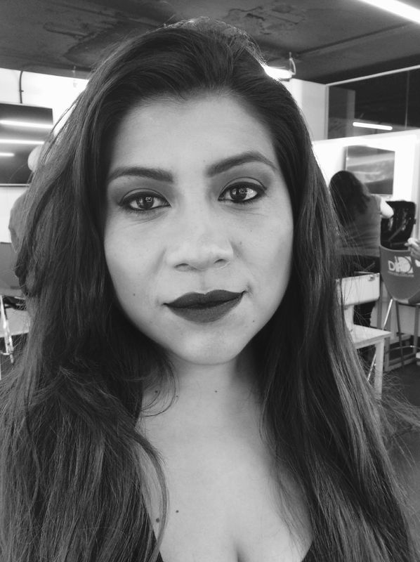 Alekssandra Gómez  Maquillaje para Shooting Blanco y negro