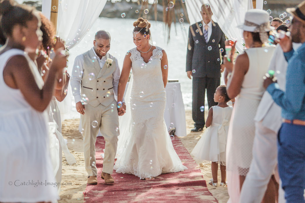 Beach wedding in Curacao