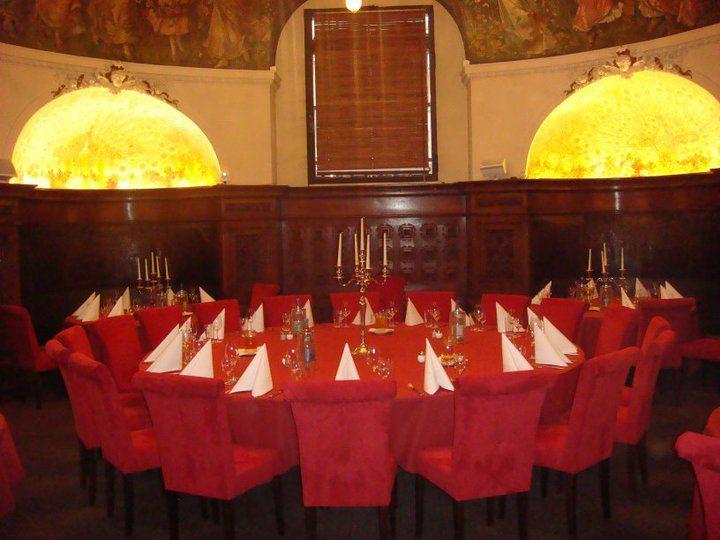 Beispiel: Hochzeitstafel in der Rose, Foto: Parlament.